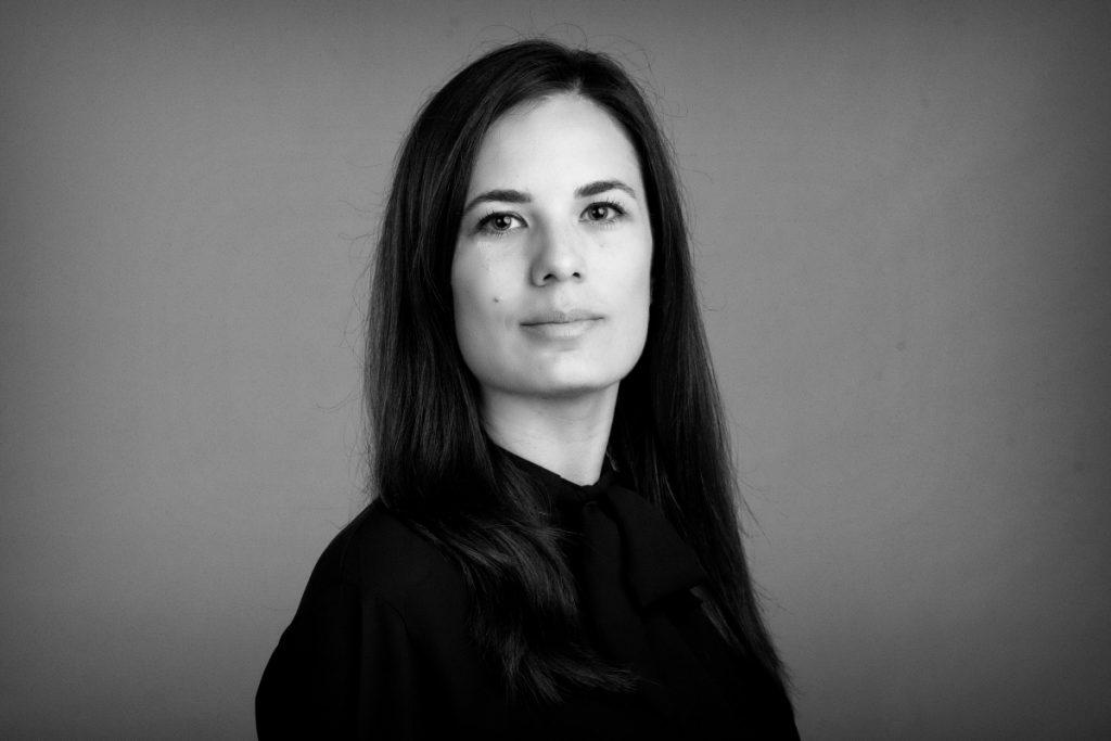 Irene ofrece traducción de  marketing para juristas